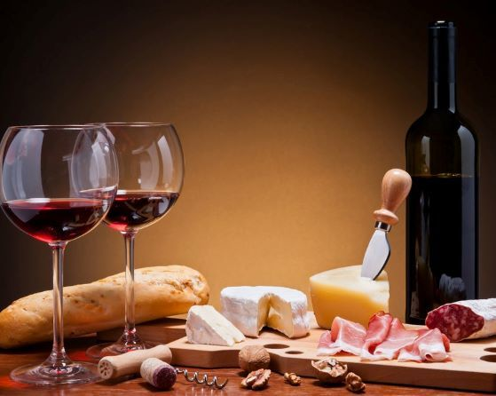 Wines paired with Charcuterie & cheeses